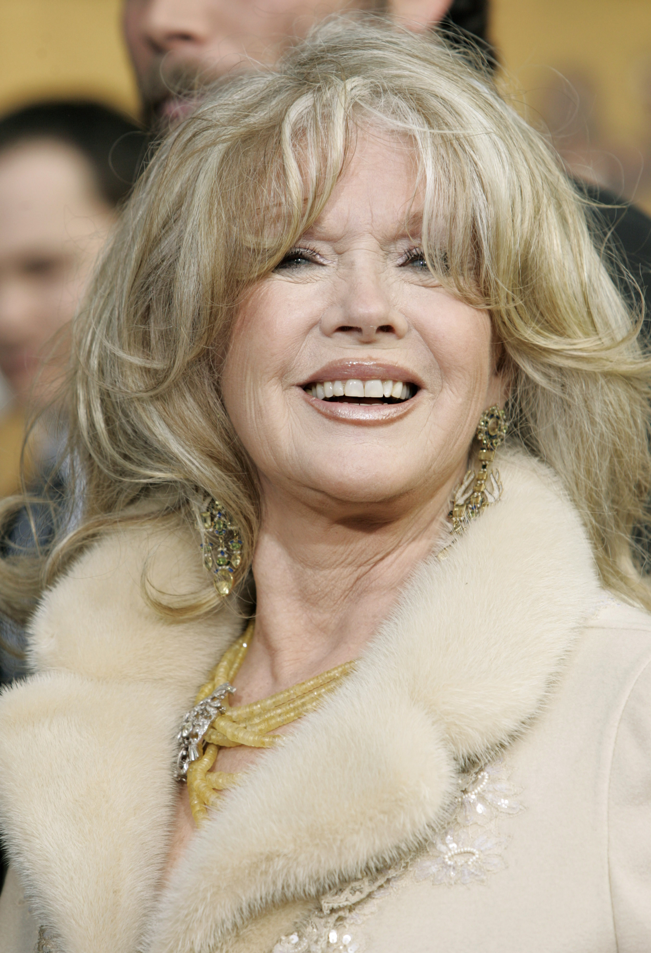 Connie Stevens To Sell Her Holmby Hills Estate Realty Today