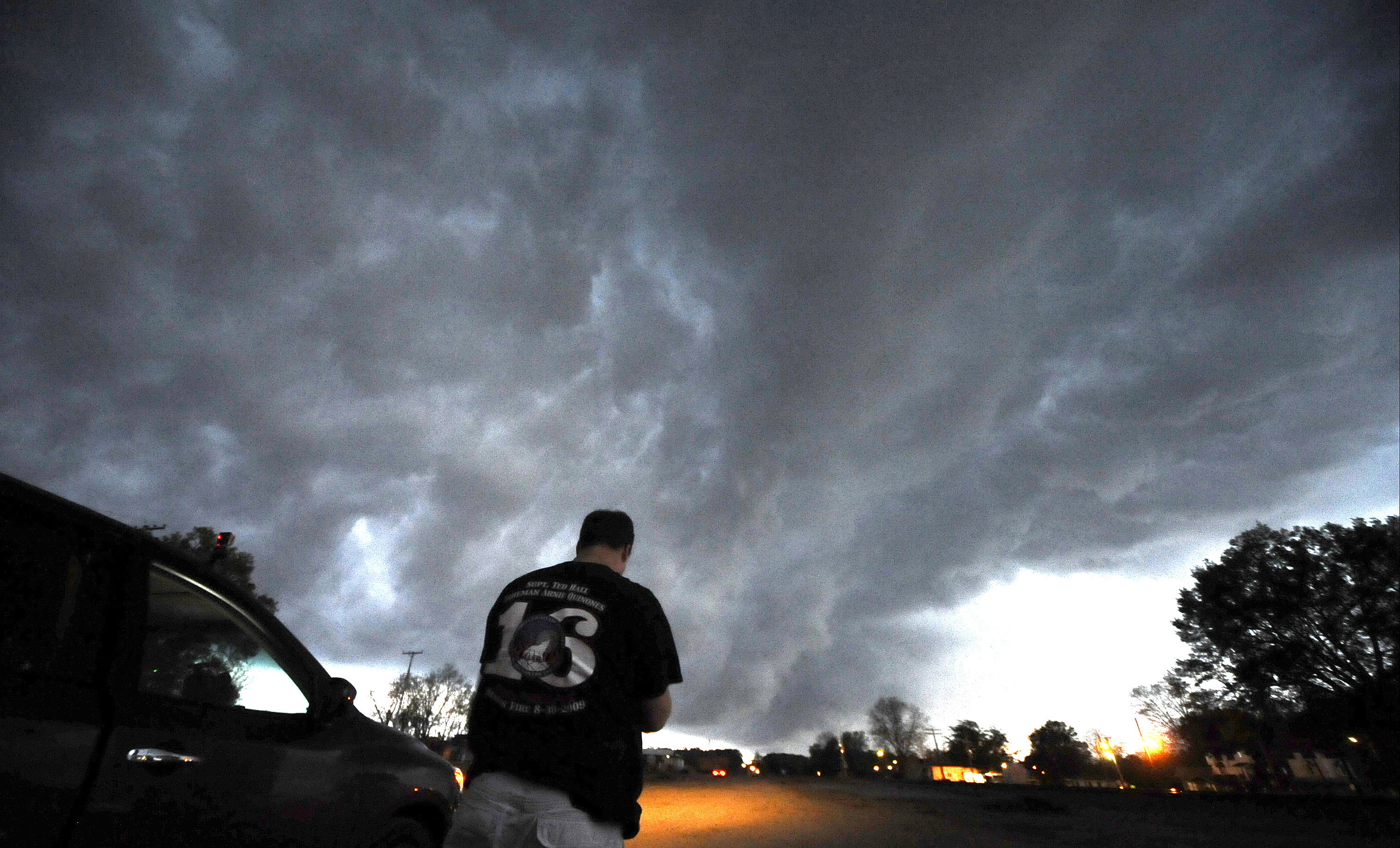 Deadly tornadoes sweep through Southern and Central US ...